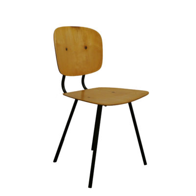 fauteuil scoubidou enfant 1957 la marelle mobilier et d co vintage. Black Bedroom Furniture Sets. Home Design Ideas